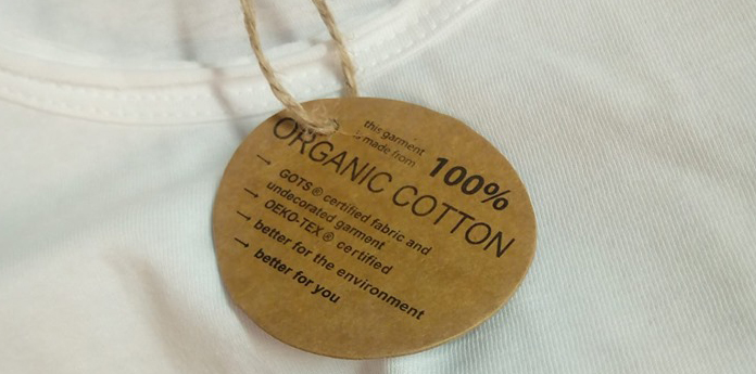 L'abbigliamento in cotone biologico 100%